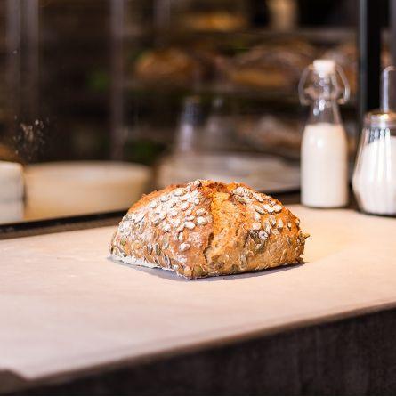 Petit pain à la bière et graines de potiron 400g - ENTIER