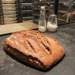 Grand pain aux 5 céréales au levain naturel 800g