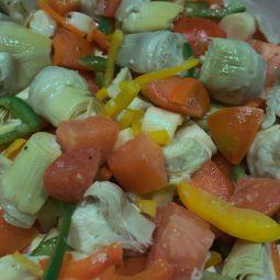 Salade végétarienne (artichauds) par 100g